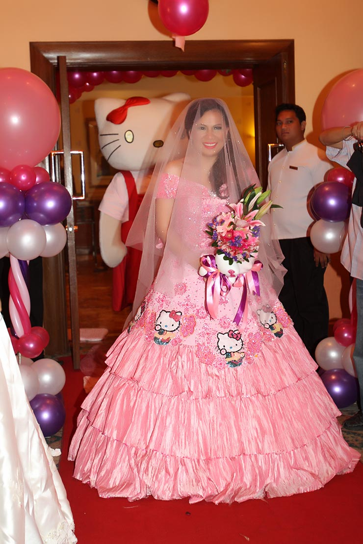 Hello Kitty Wedding Ni Nicole Hyala At Jowadik Love